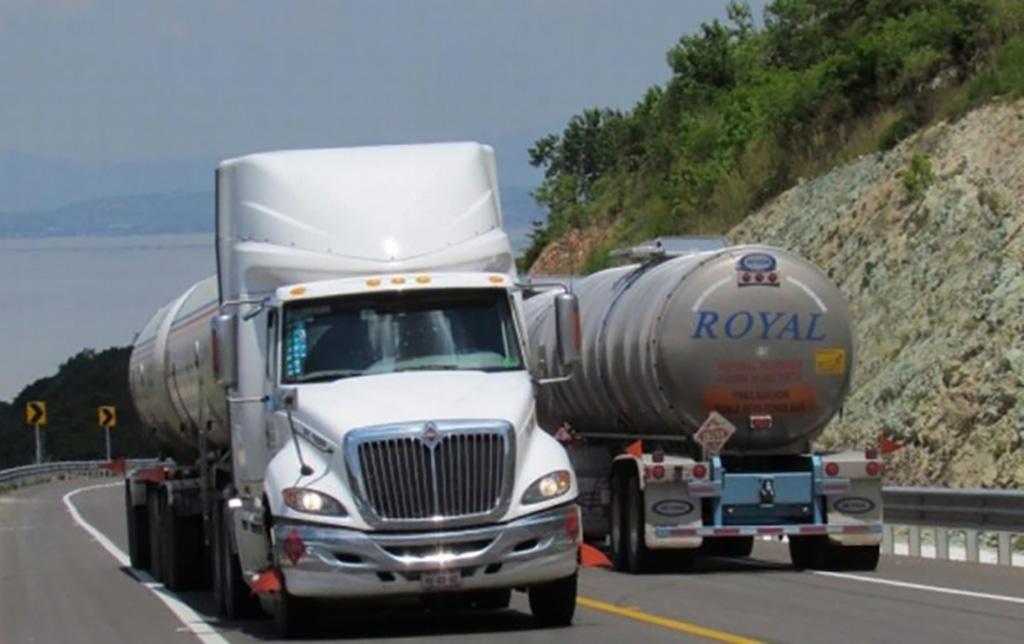 Avanza eliminación de permiso para autotransporte en Jalisco