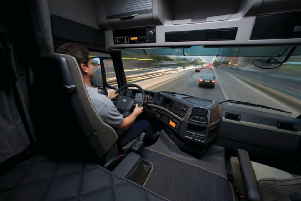 La tecnología nos permite disfrutar de experiencias como los videojuegos de camioneros.