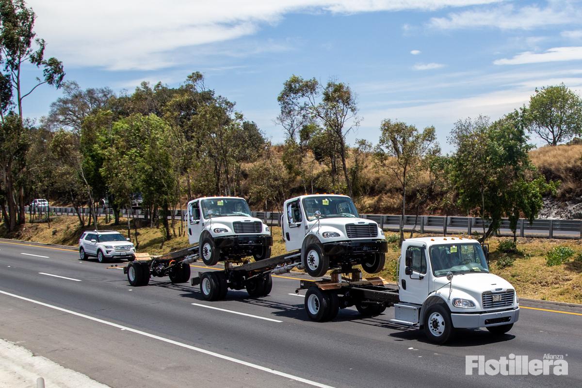 Se desploma producción y exportación de vehículos pesados en febrero