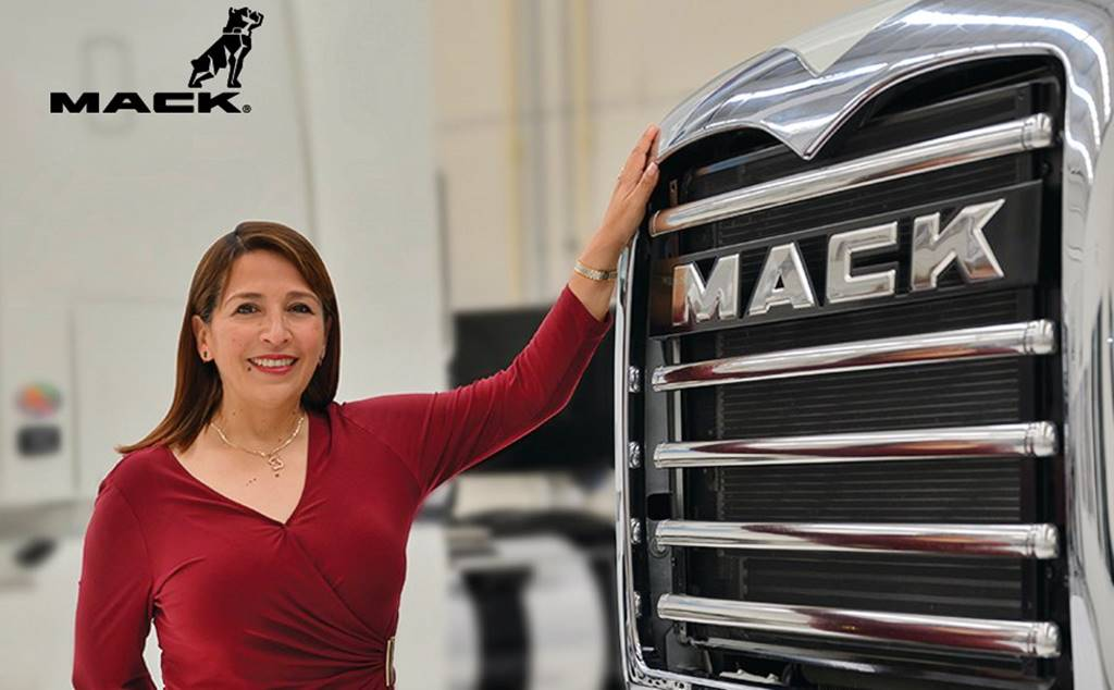 Mack apoya a transportistas