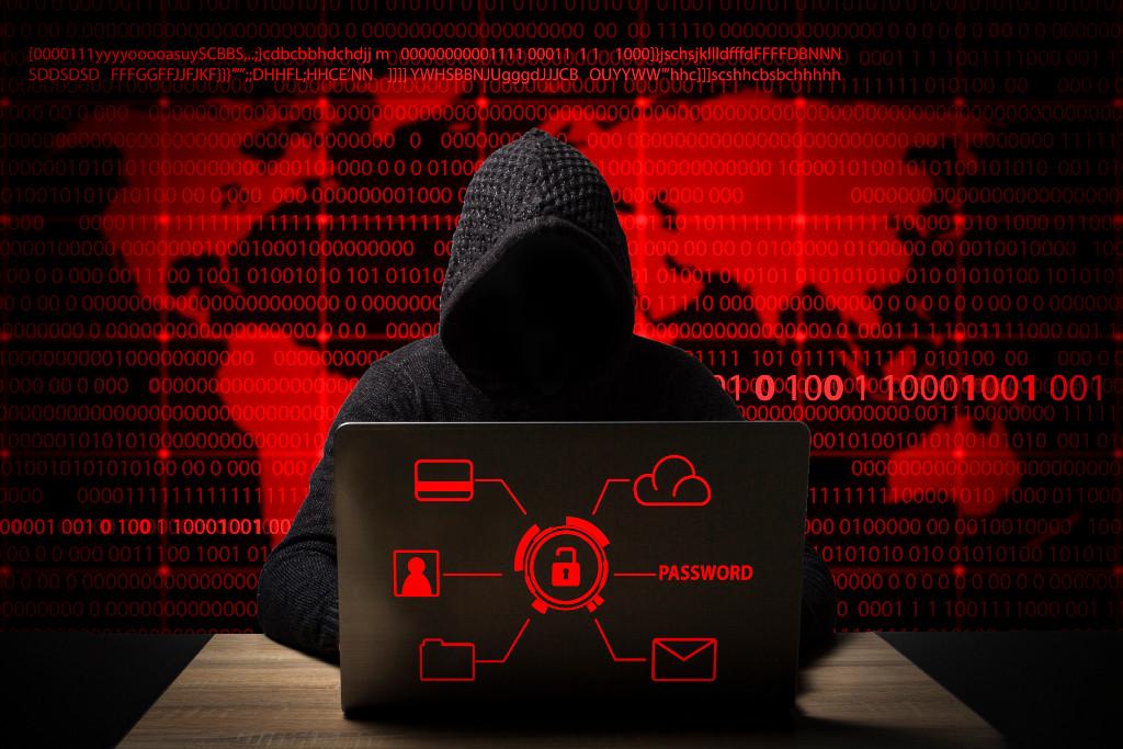 Los ciberataques pueden no notarse en las empresas, por lo que se debe inevrtir en ciberseguridad.