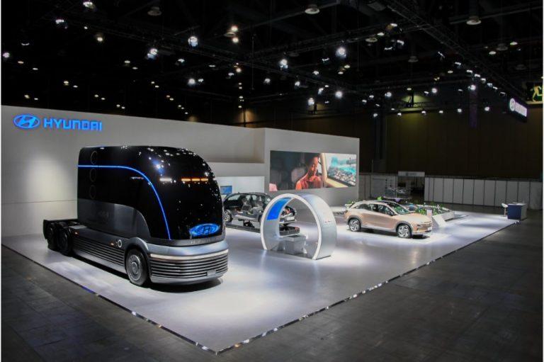 Hyundai presenta su camión d ehidógeno y podría estar para 2023.