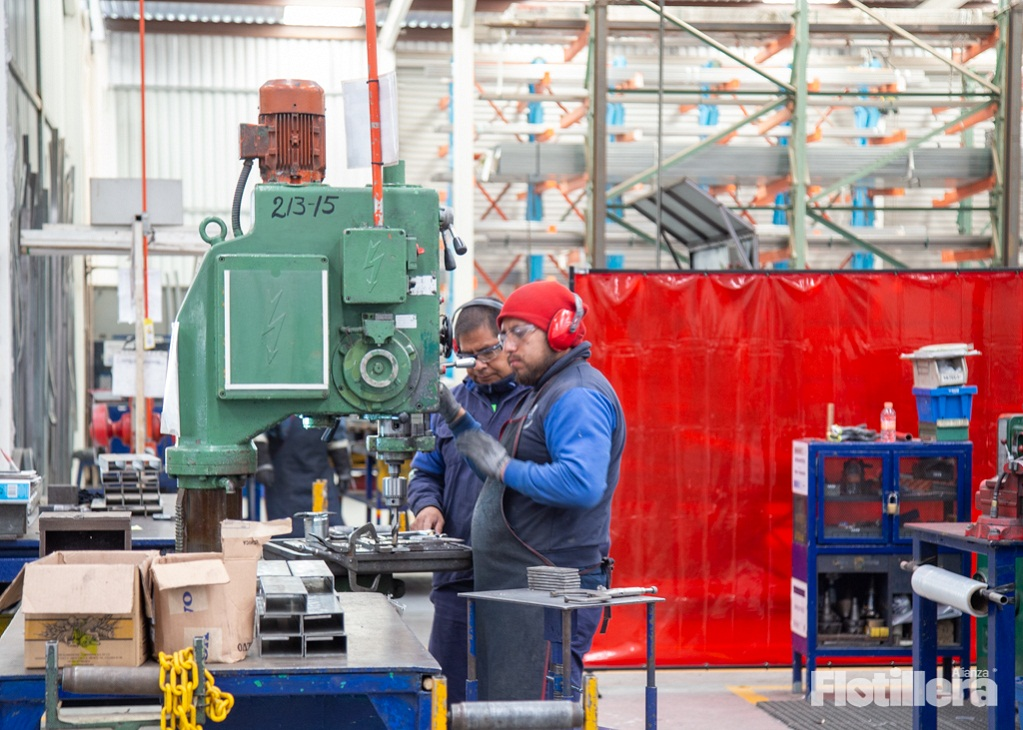 empples fabricación de equipos de transporte