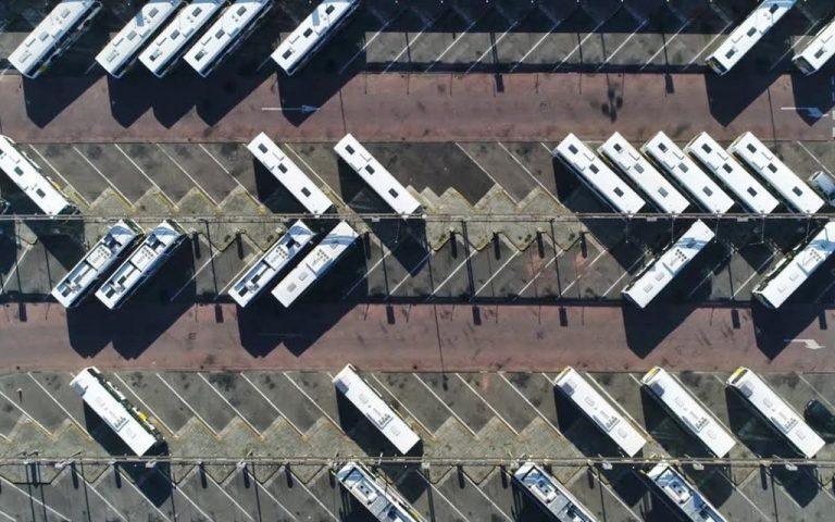 hitachi y la recarga de camiones eléctricos