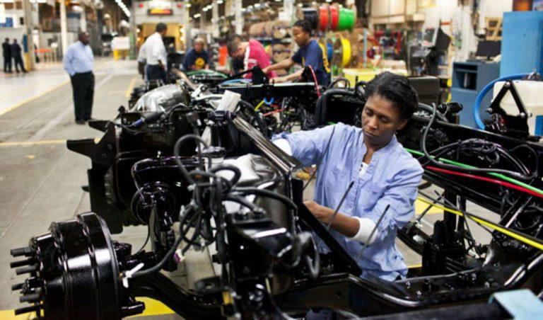 Exportación y producción de camiones