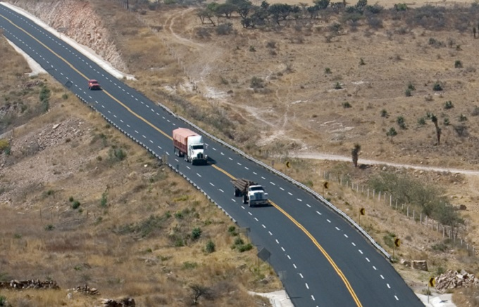 Invertirá SCT 61 mmdp en carreteras en 2016