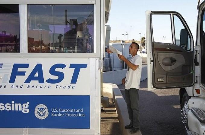 Pide Canacar a gobierno resolver demoras en frontera