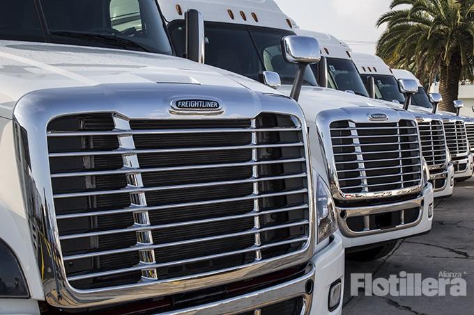 Daimler Trucks capacita a técnicos y operadores en el norte del país