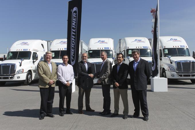 Frío Express integra flota 100% Freightliner