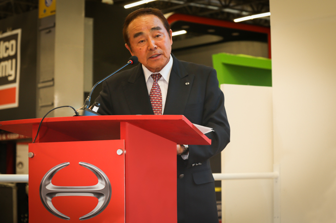 HINO Motorsen pleno crecimiento
