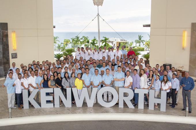 Kenworth prepara a su fuerza de ventas
