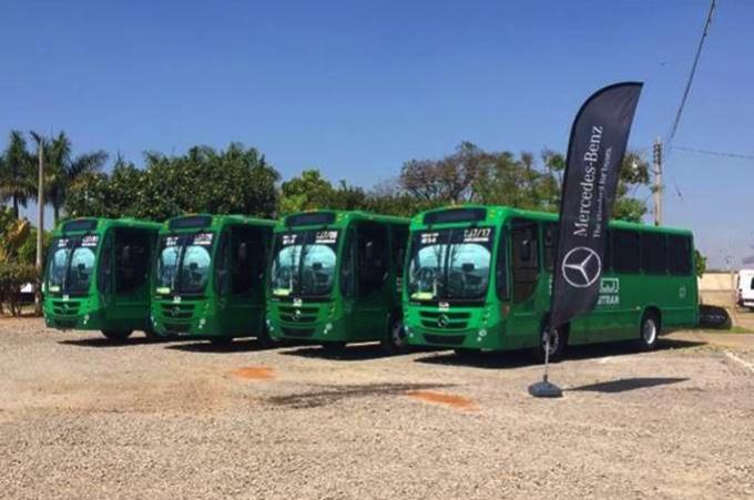 Entregan 30 autobuses Mercedes Benz para el transporte publico de Guadalajara