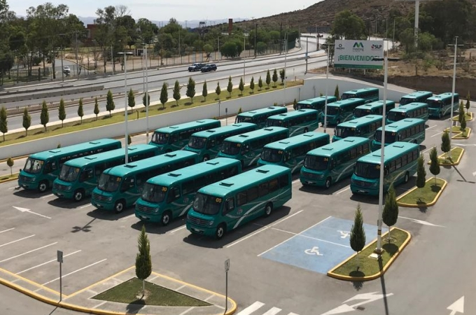Mercedes Benz Autobuses da banderazo a 33 Boxer en SLP