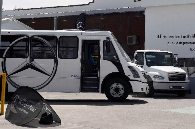 Daimler se expande con Gruver Camiones en Cuernavaca