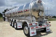 Confirman compra de 671 pipas para abastecer combustible
