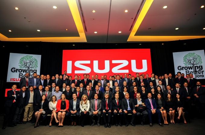 Isuzu reconoce a sus mejores concesionarios