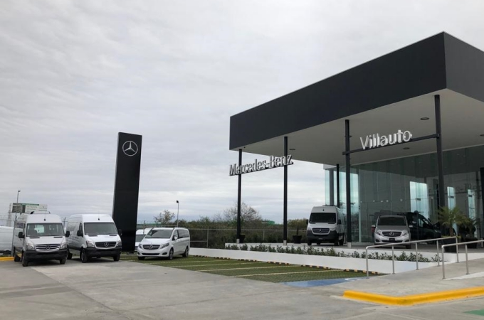 Mercedes Benz Vanes abre distribuidor en Monterrey