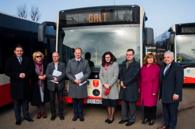 Cerca de 100 autobuses Mercedes Benz moverán ciudad polaca