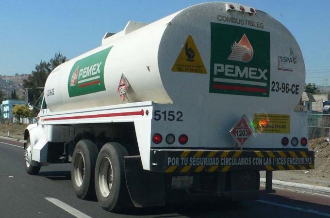 Transporte no encarece combustibles: Canacar