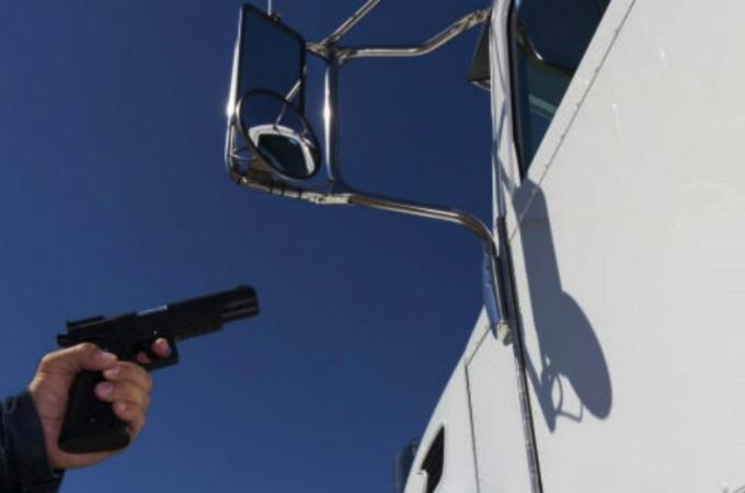Robo al transporte sube en 1T; Café Tacvba una de las víctimas