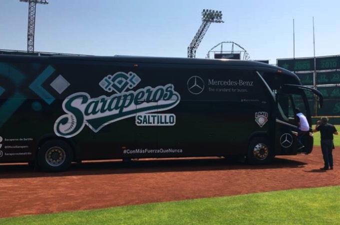 Mercedes Benz Autobuses transporta a Saraperos