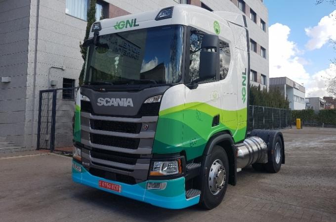 Scania recibe pedido por 100 camiones a gas