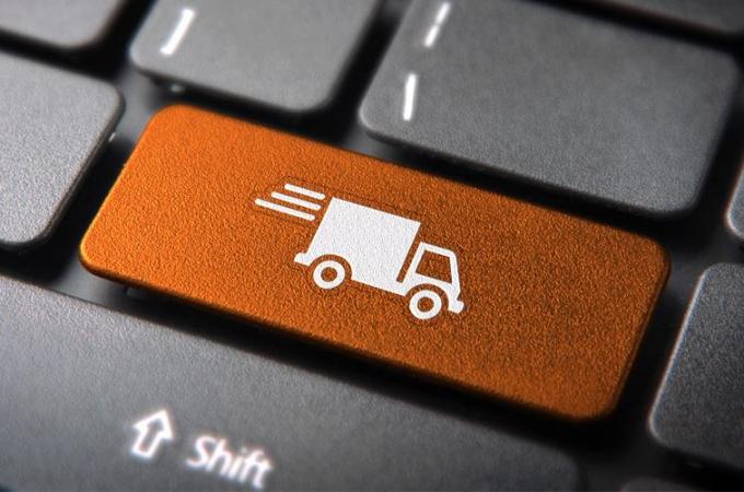 Vehículos de mensajería y paquetería se duplican en dos años