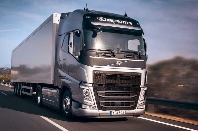 Volvo FH con I-Save, ahorra 7% en combustible