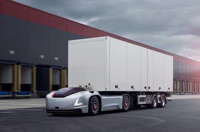 Volvo Trucks presume tecnología y unidades verdes